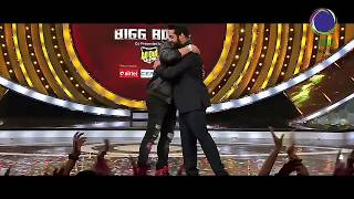 Young Tiger NTR and DeviSriPrasad Dance At BiggBoss_Season1_Final Episode