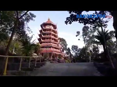 wisata-religi-sambil-menikmati-panorama-indah-bukit-pagoda-nusantara