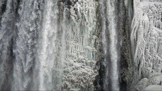 Niagara Falls Canada freezes over - Spectacular photos from 2014 polar vortex