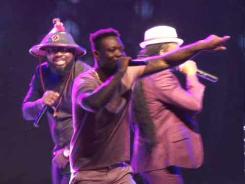 Download VVIP performs DOGO YARO