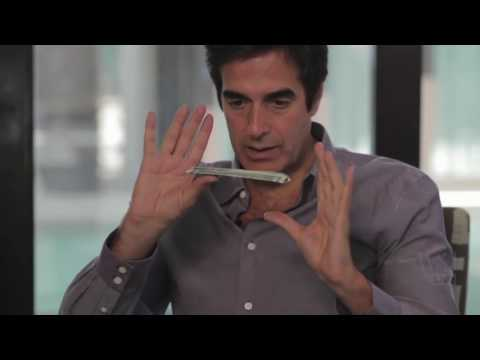 David COPPERFIELD - Teaches a Magic Trick LIVE