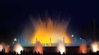 Барселона Поющие фонтаны(Барселона Поющие фонтаны Супер представление Поющих Танцующих Фонтанов в Барселоне https://www.youtube.com/watch?v=JPsXccd8G..., 2015-05-17T10:52:33.000Z)