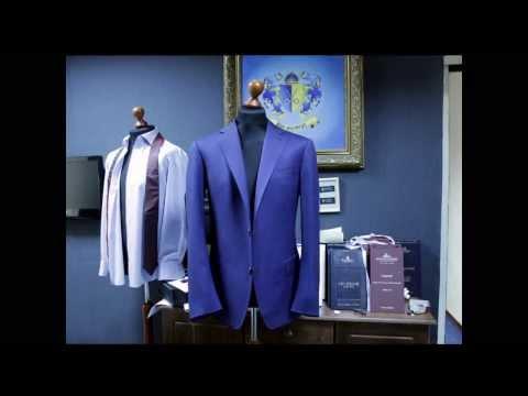 Мужской костюм из легкой синей шерсти. Три Мастера.