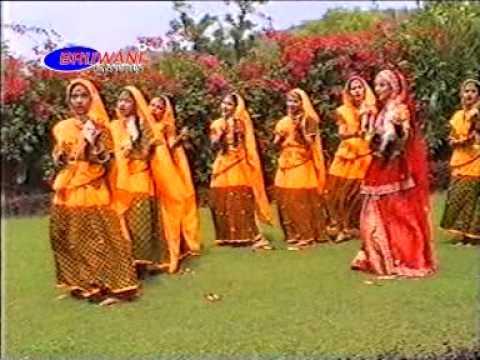 Kanha Barsane Mein Aay Jaiyo Bulay Gayi Radha Pyari || Dandiya Dance Bhajan