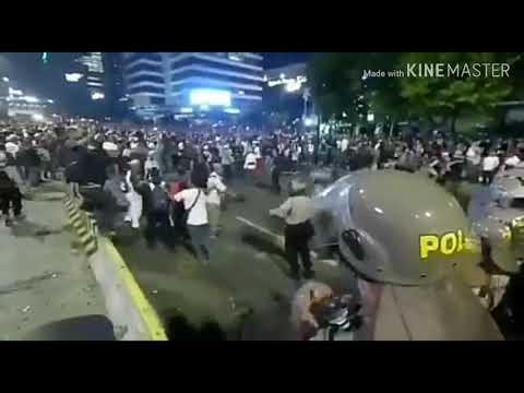 Aksi People Power di Jakarta Mencekam