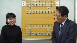 石田和雄の自戦解説5 加藤結李愛女流、初めての聞き手です。余り緊張してないかな。頑張って。今後も出演予定です。 【棋戦名】第39期名人挑戦者決定 リーグ戦 【対局 ...