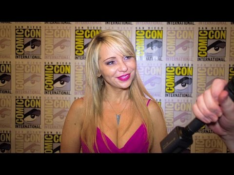 Comic-Con 2016   Batman: The Killing Joke Cast And Creators Interviews!