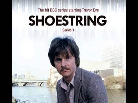 Shoestring - Private Ear - S01 E01