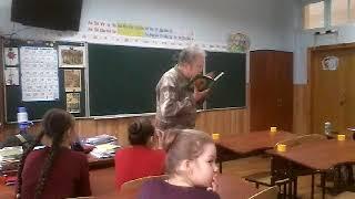 Урок Охрименко по стихам Марка Вейцмана в 6 классе в СШ №50.Ч.1.