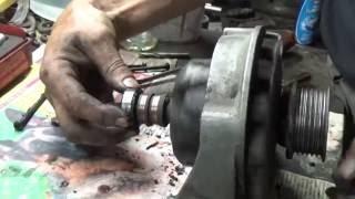 Перебираю генератор на Мерседес 208 Д.