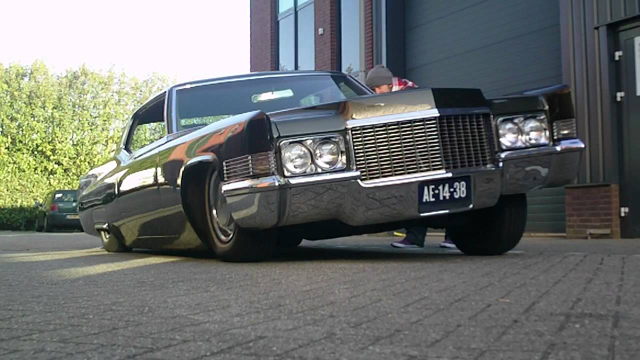 Watch on 1970 cadillac deville
