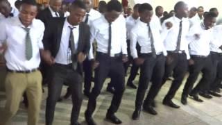 umbwe performance-hakuna kama yeye(2014/2016)