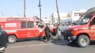 عاجل لحظة إصابة 12 شخصا في حادث سيرخطيييير في طنجة  وحضور إسعاف واحدة  فقط