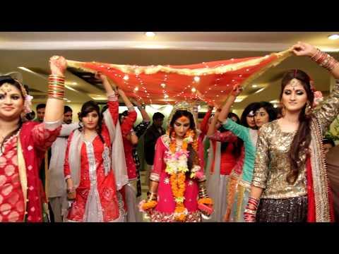 Pakistani Wedding Superb Dance On Indian Song Video D