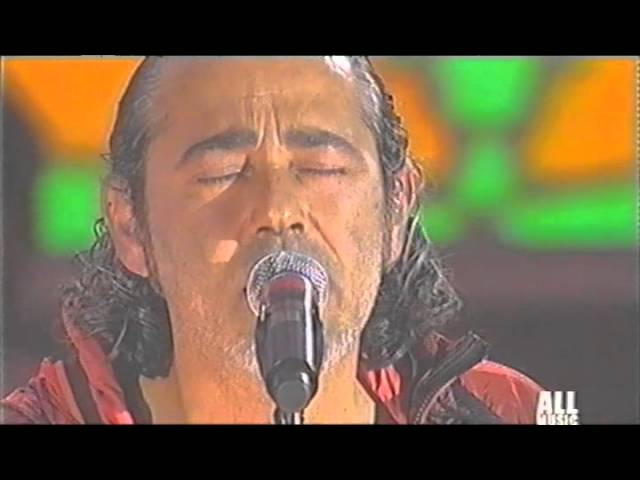 luca-carboni-live-all-music-bi-live-18-dicembre-2006-05-farfallina-carbonimania