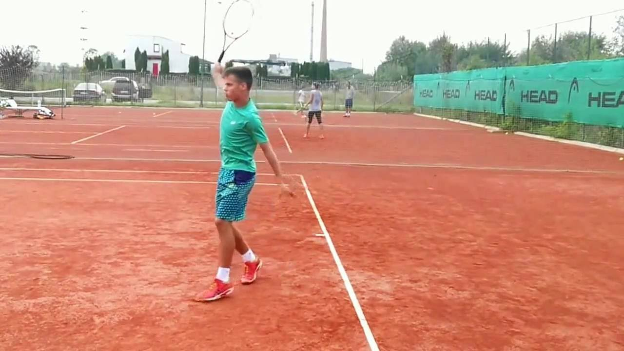 Slow Motion Luka Todorovic one hand backhand - YouTube