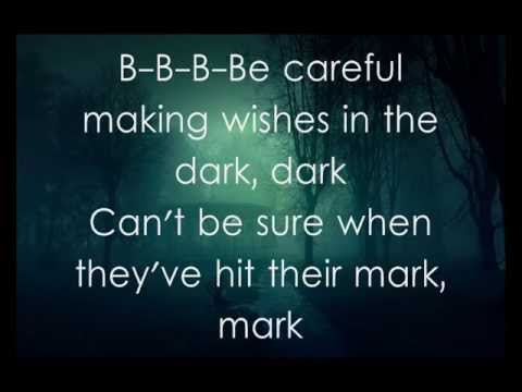 Fall Out Boy - My Songs Know What You Did In The Dark - Light 'Em Up (LYRICS)