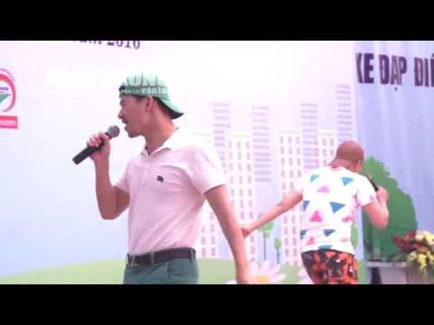 Xuân Bắc đọc rap cực đỉnh tại  Lễ phát động Chương trình trao MBH năm 2016