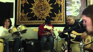Peridoni - Dance Around  (Jam Room Jam)