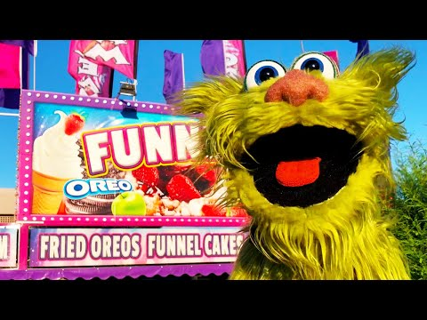 Carnival Funnel Cake Stand - Fried Oreos vs Fried Twinkies