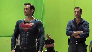 Liga da Justiça - Bastidores: Traje do Superman & Batman