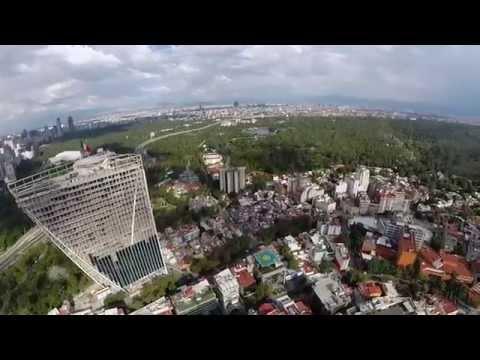 Lomas de Chapultepec, México D F. Julio 2014. HD.