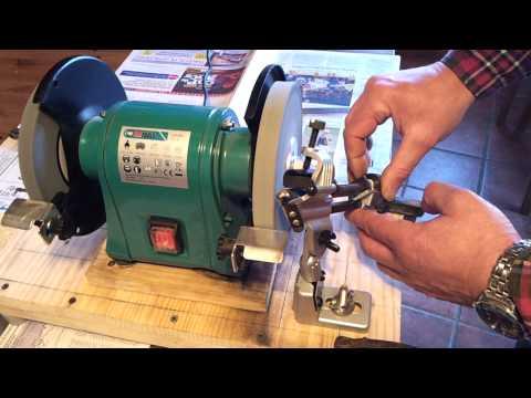 Drill bit sharpening attachment / Soporte para afilar brocas