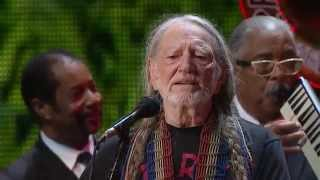 Willie Nelson - Roll Me Up and Smoke Me When I Die (Live at Farm Aid 2014)