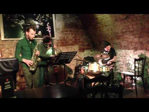 jazz tercet-jacek kochan-bartek prucnal-kuba dworak-piec art 08.02.17