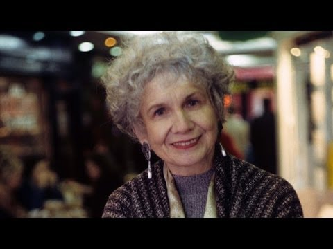 Alice Munro: Canadian short-story master wins Nobel prize in literature