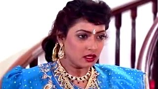 Video Shubhalagnam Movie || Aamani Slapping Roja Scene  || Jagapati Babu, Aamani, Roja download MP3, 3GP, MP4, WEBM, AVI, FLV Agustus 2018