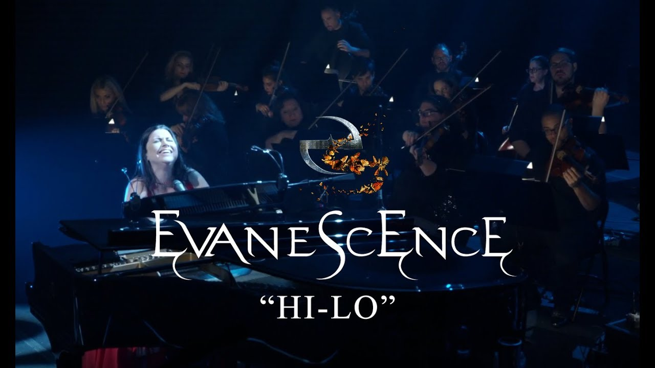 Evanescence Performing