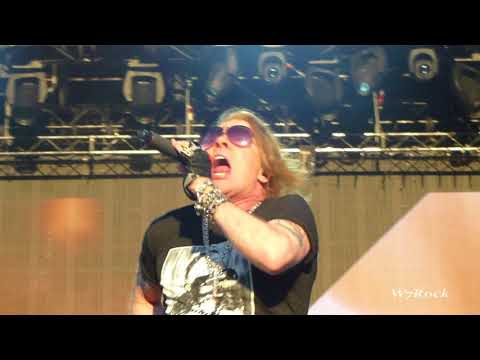 Guns N' Roses Intro + It's So Easy Not In This Lifetime Tour 2018 Full HD 1080p