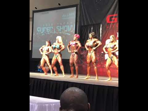 Female Bodybuilding on stage at IFBB Toronto Pro show 2018