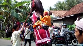 Atraksi Kuda Khas Pawai Taaruf dalam rangka Khataman Al-Qur-an di Kabupaten Kebumen