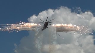 Пилотаж самого большого в мире вертолёта Ми-26. Авиадартс-2016.