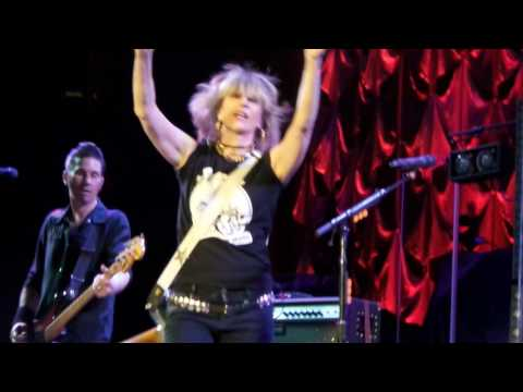Middle of the Road & LIVE The Pretenders 4-2-17 Prudential Center, Newark, NJ