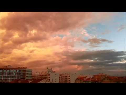 NÚVENS DOURADAS ~ Golden Clouds