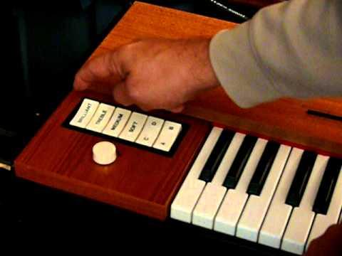 vintage 1970s hohner clavinet d6 electronic keyboard piano youtube. Black Bedroom Furniture Sets. Home Design Ideas