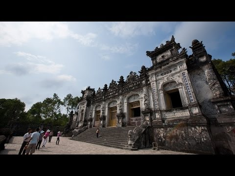 Travel Guide to Hue - Vietnam