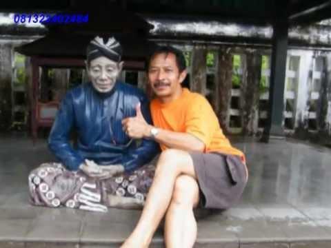 Download Gelas yang retak - Mansur S., Voc. Uus Darusman SMP 1 Cilawu, RAPI Kabupaten Garut