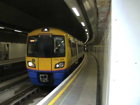 Class 378/1 378149 at Wapping