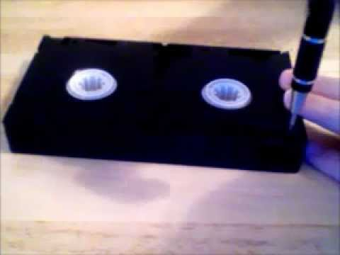 Taking apart A Defective VHS Tape