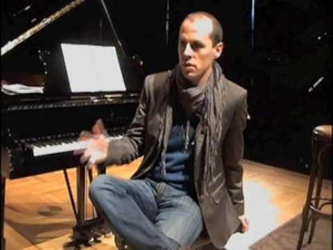 JULIEN QUENTIN interviewed about DAVID GARRETT and more...
