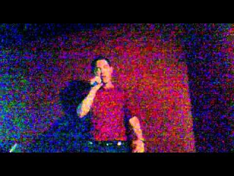 Me Pones A 100 Leo Segarra - Interpreta Jose En El Karaoke Diagonal De Valencia..