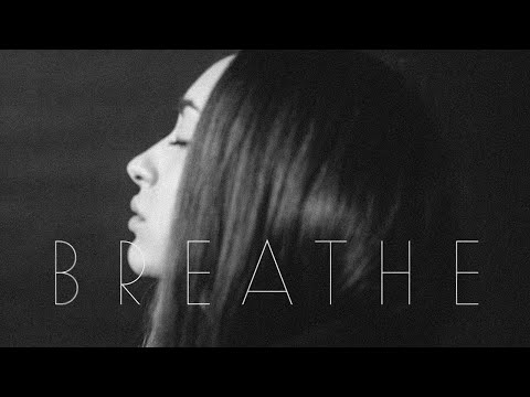 Fleurie - Breathe (Lyric Video)