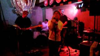 "The Eeks - ""you Wanna Kill Me"" : Live @ The State Bar, Detroit, Mi July 31st, 2010"