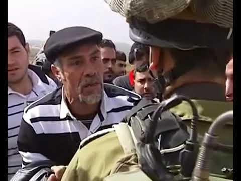 فيديو مضحك جدا جدا الفلسطيني يناقش الإسرائيلي بطريقة مضحكة