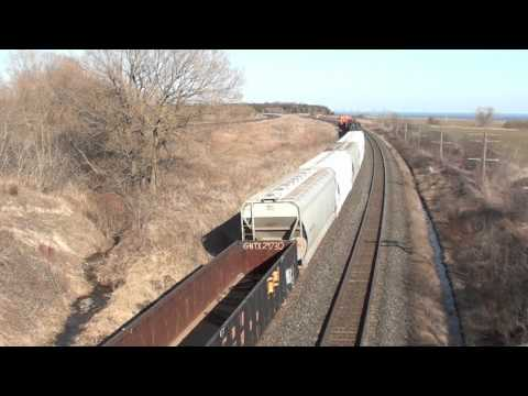 Railfanning Newtonville/Lovekin, Ontario part 5 the last part. 4/9/2011