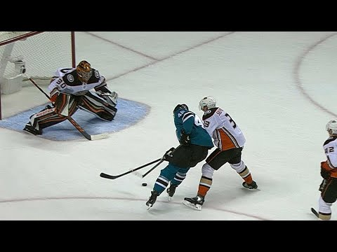 11/04/17 Condensed Game: Ducks @ Sharks